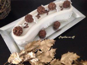 Entremets Ou Buche Chocolat Blanc Amandes Insert Praline Au